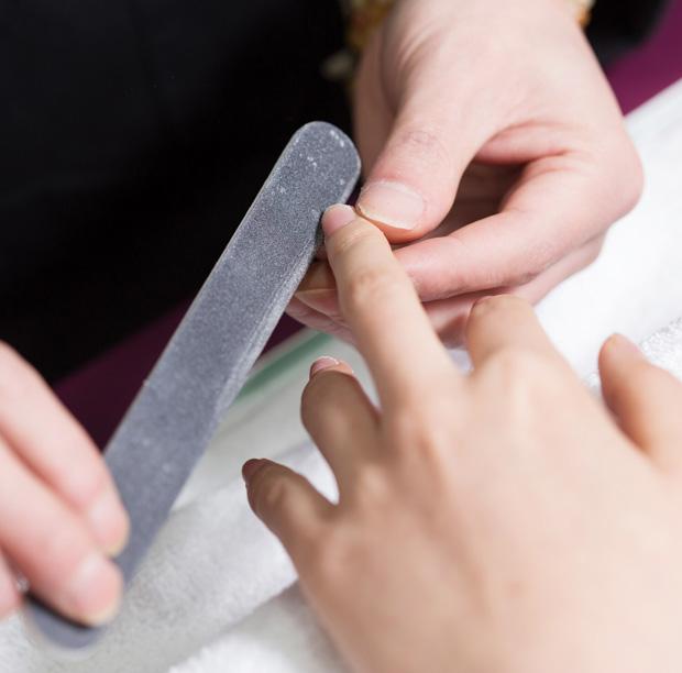 manicure-warszawa-dlonie