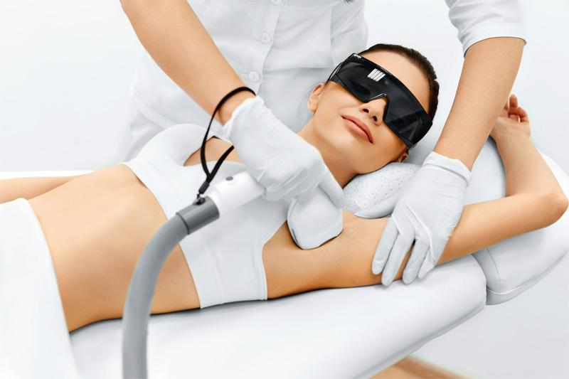 Gładka skóra bez zarostu – zastosuj depilację laserową